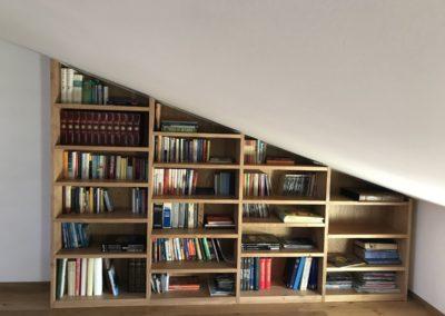 Libreria in castagno